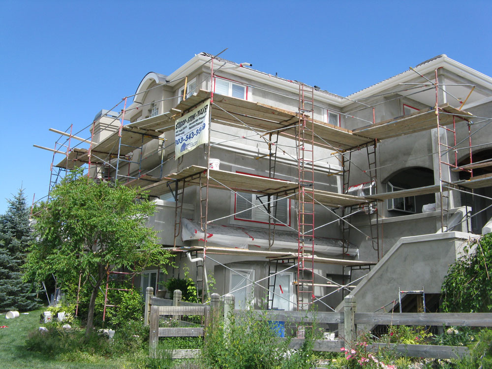 Quality exterior siding reconstruction in Colorado by Metro Reconstruction